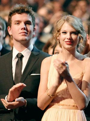 taylor swift brother family austin swift celebs99