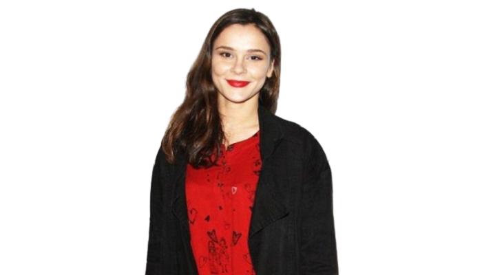 Bella Dayne - Age, Height, Movies, Netflix, Husband, Affairs, Biography, Networth & More