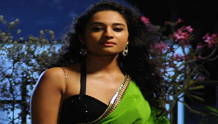 Pooja Ramachandran - Age, Height, Movies, Biography, Husband, Photos, Networth, Wiki & More