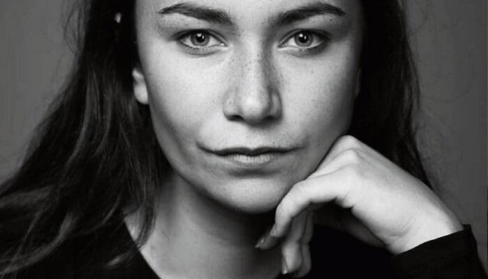Jennifer Barry - Age, Height, Movies, Biography, Husband, Net Worth, Wiki & More